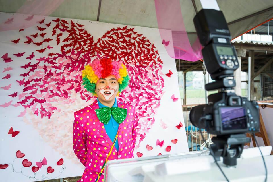 什麼?!!咱們米爾可魔術表演娛樂企劃裡的小丑哥哥要結婚了!!!