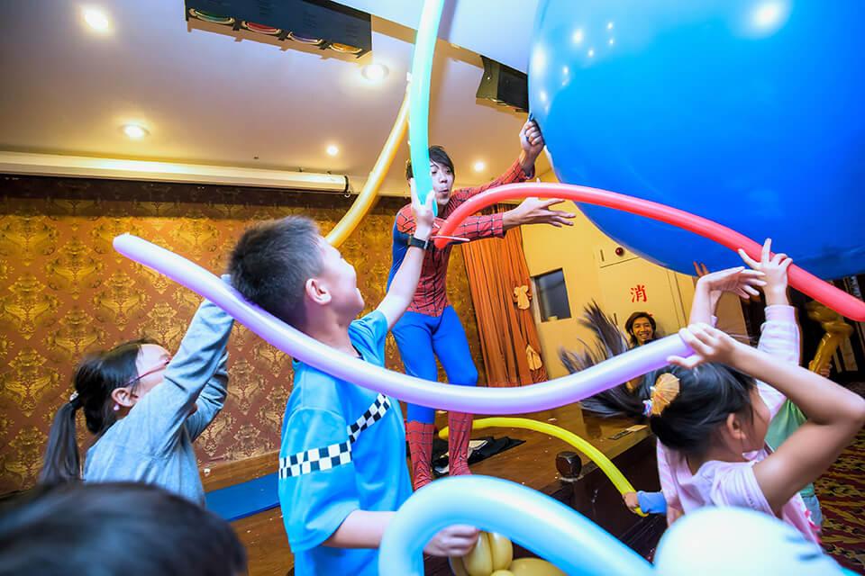氣球真的好大啊