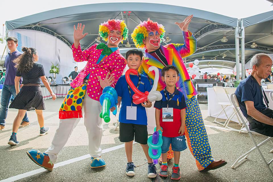 要確保每位小朋友都有拿到可愛的造型氣球哦~