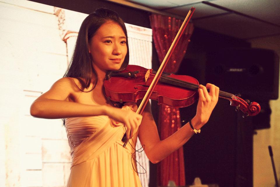 緊接著是旋律動人的婚禮樂團表演,米爾可的婚禮樂團既浪漫又能帶動氣氛