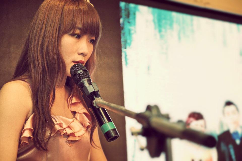 新人還特別指定要整場都要韓劇風格的曲目