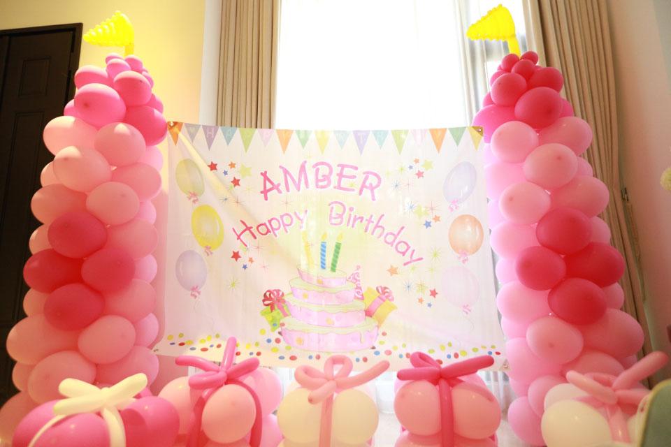 今天的主角-Amber是位可愛的小妹妹今年滿五歲囉!貼心的爸媽請米爾可娛樂規劃生日派對活動,希望讓Amber留下美好的難忘回憶