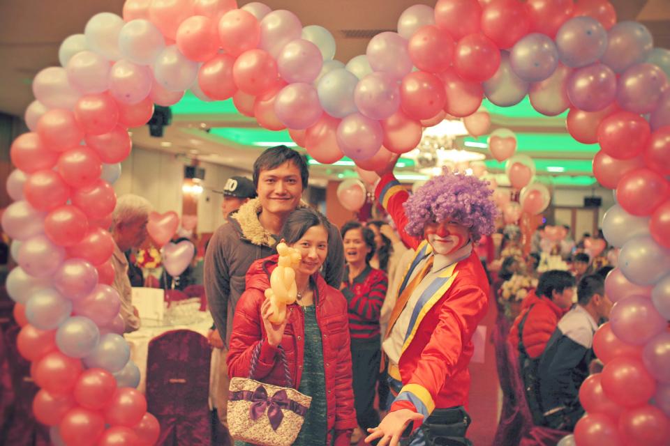 這次的婚宴米爾可魔術表演娛樂企劃來到台南出任務啦!!