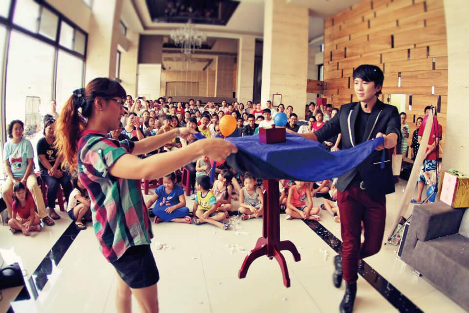 佳福君璽社區中秋派對魔術表演