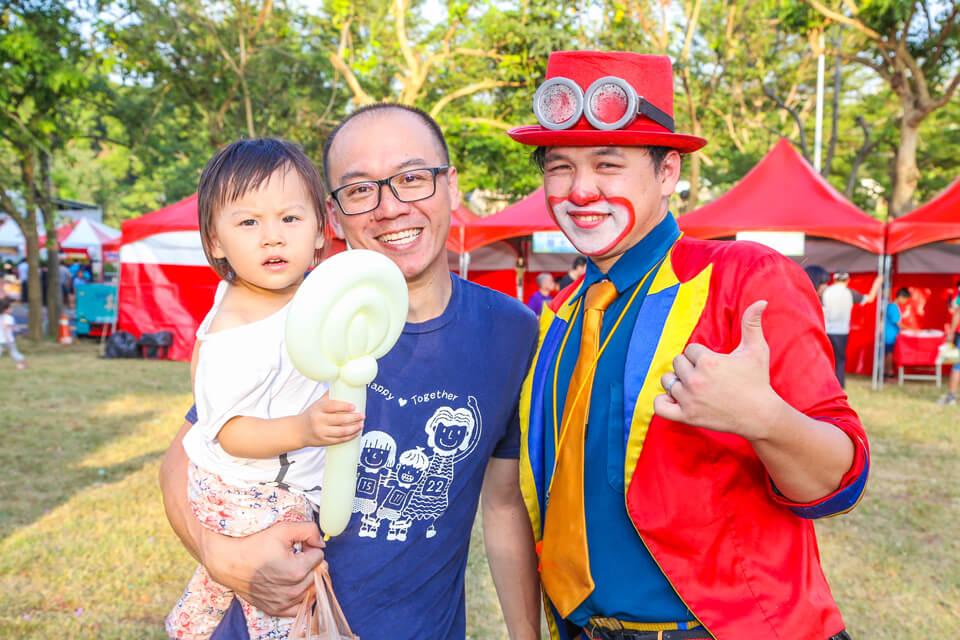 彰化秀傳醫院家庭日氣球小丑表演