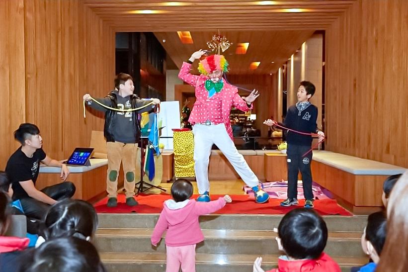 靜心文匯社區聖誕晚會魔術表演、小丑舞台、魔幻泡泡秀